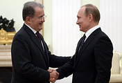 Бывший премьер-министр Италии Романо Проди и президент РФ Владимир Путин
