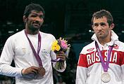 Йогешвар Дутт и Бесик Кудухов, 2012 год