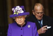 Королева Великобритании Елизавета II и герцог Эдинбургский принц Филипп