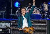 Пол Маккартни на концерте в Берлине