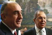 Министр иностранных дел Азербайджана Эльмар Мамедъяров и министр иностранных дел РФ Сергей Лавров