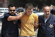 Ренат Бакиев во время задержания