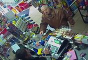 Сергей Скрипаль в магазине, Солсбери, 27 февраля, 2018 год