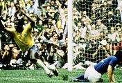 Пеле после первого гола в ворота сборной Италии в финале Чемпионата мира по футболу 1970 года
