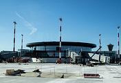 Вид на здание нового терминала В, построенного к чемпионату мира по футболу-2018, в аэропорту Шереметьево