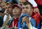 Болельщики сборной Сербии после проигрыша команды в матче с командой Швейцарии