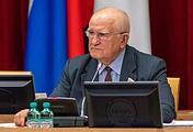 Председатель Заксобрания Кировской области Владимир Бакин