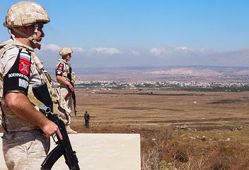 Сотрудники российской военной полиции на наблюдательном посту ООН на линии разграничения Сирии и Израиля на Голанских высотах, август 2018 года