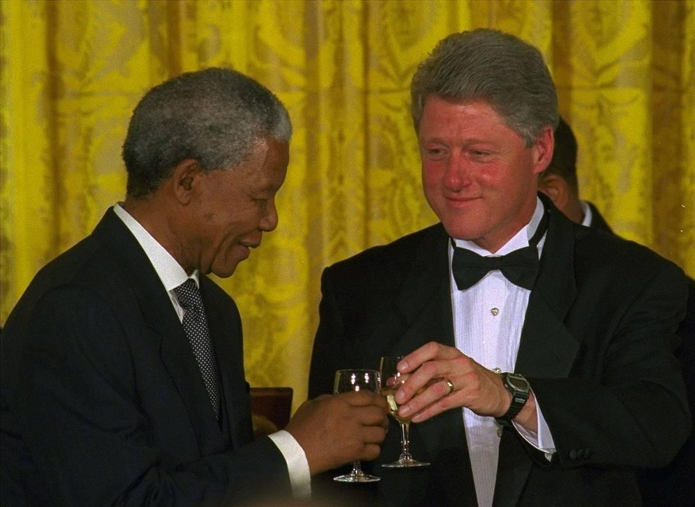 Нельсон Мандела и Билл Клинтон на торжественном вечере в Вашингтоне, 1994 г.