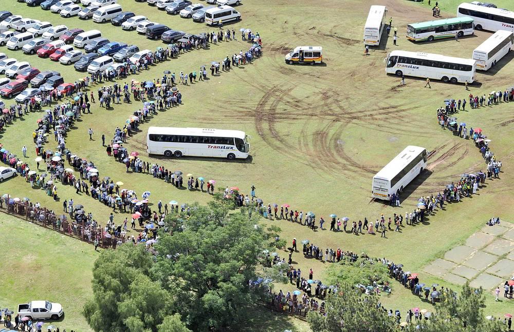 Прощание с экс-президентом ЮАР Нельсоном Манделой в Претории