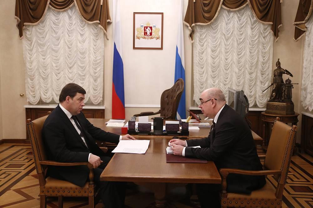 Губернатор Свердловской области Евгений Куйвашев и министр здравоохранения Аркадий Белявский (слева направо)