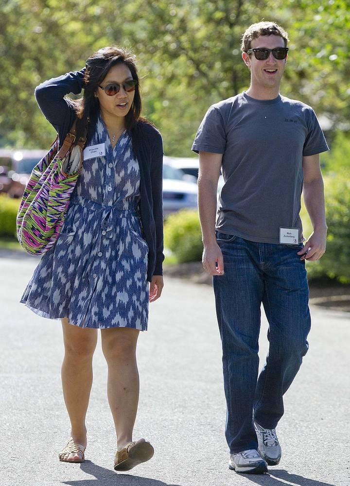 19 мая 2012 года Марк Цукерберг женился на своей давней подруге Присцилле Чан