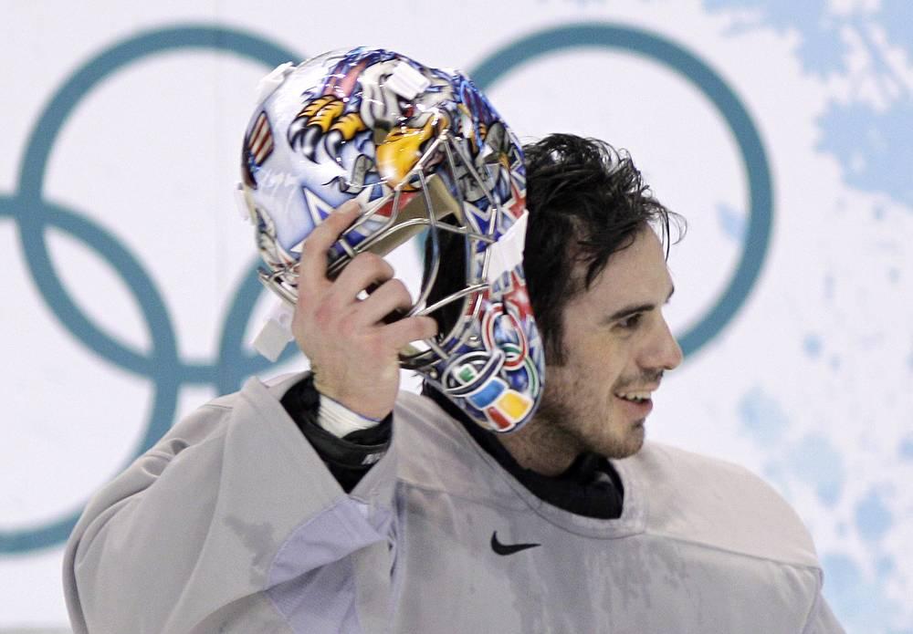 Голкипер сборной США по хоккею Райан Миллер, 2010