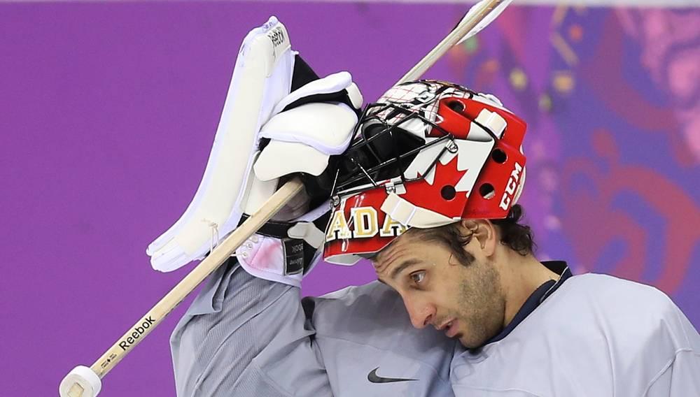 Вратарь сборной Канады по хоккею Майк Смит