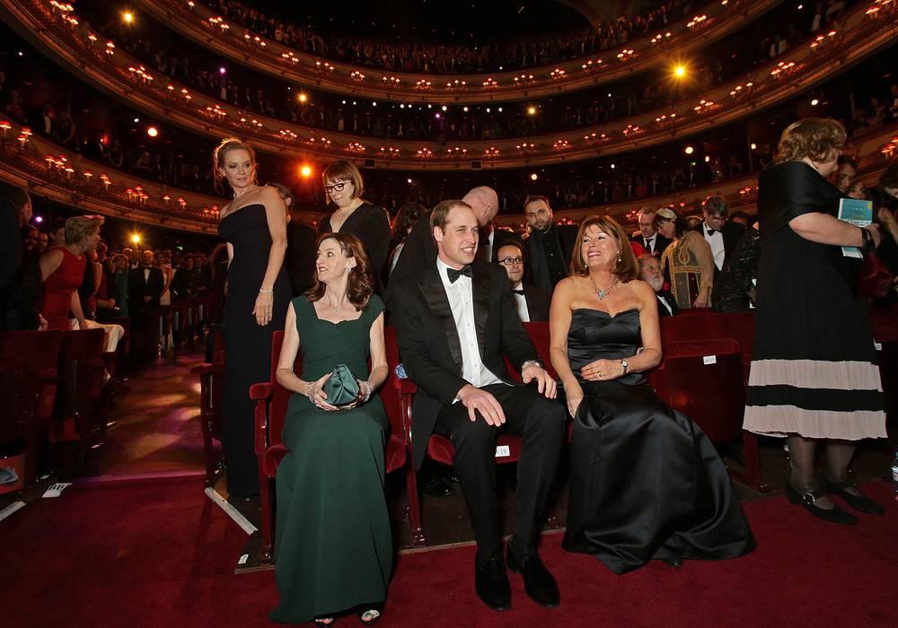 Герцог  Кембриджский (в центре) на церемонии BAFTA