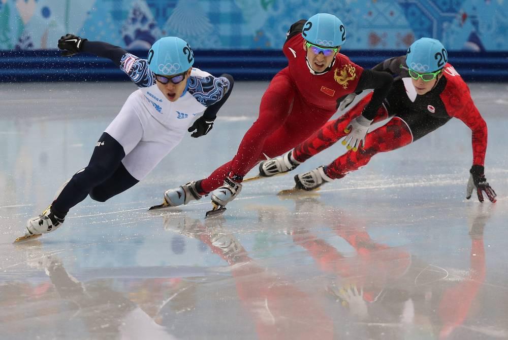 21 февраля спортсмен завоевал вторую золотую медаль Игр в Сочи,  финишировав первым на дистанции 500 м