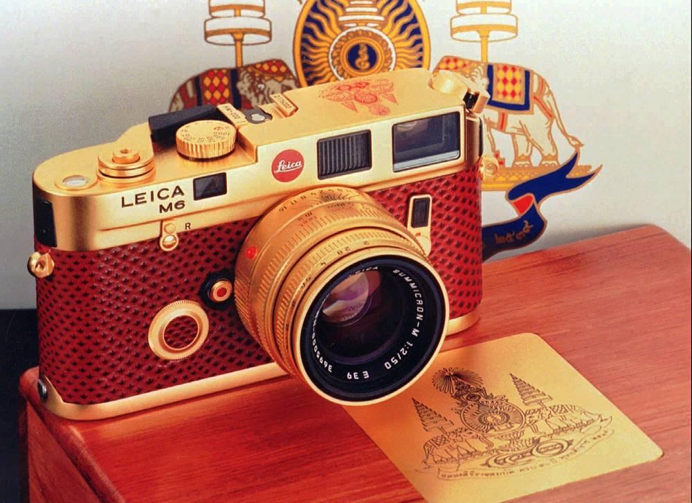 Позолоченная Leica M6, выпущенная в 1996 году в честь 50-летия коронации короля Таиланда, стоила $10 тыс.