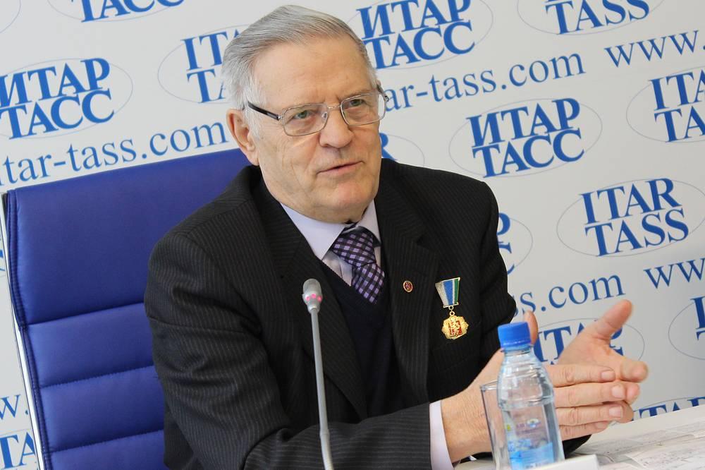 Командир первого штаба свердловских студенческих стройотрядов Анатолий Жданович