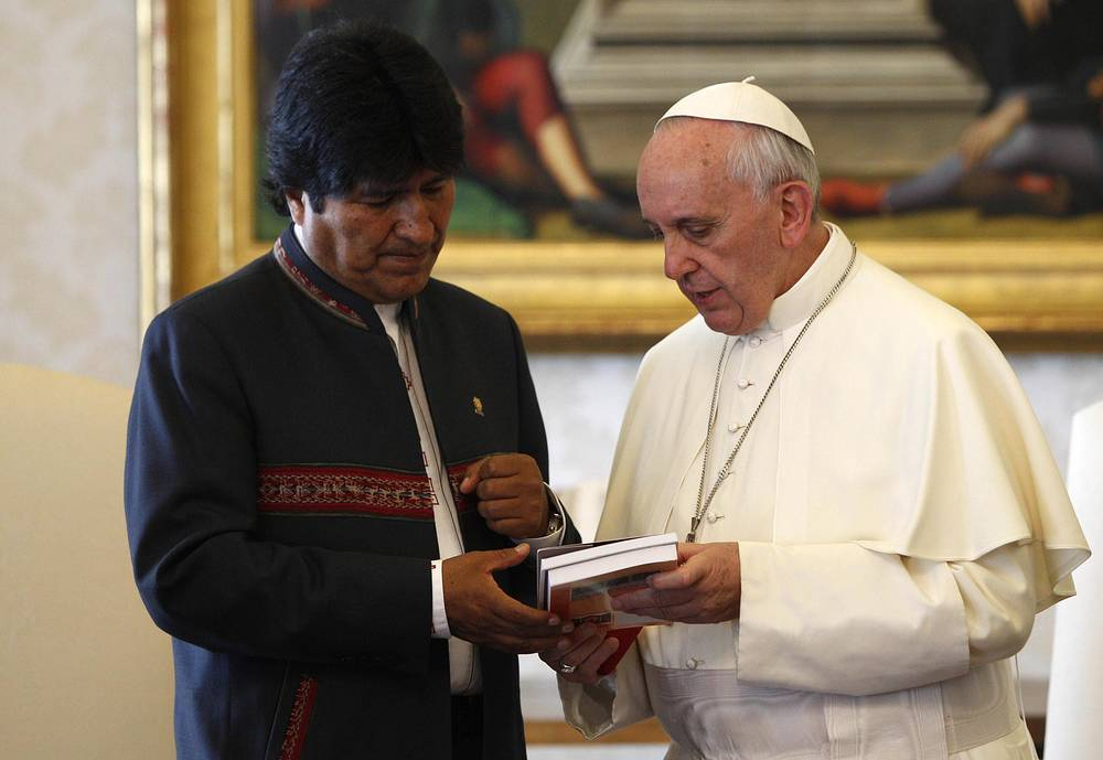 Католичество заметно укрепляет свои позиции в Северной Америке и в латиноамериканских странах. Встреча с президентом Боливии Эво Моралесом