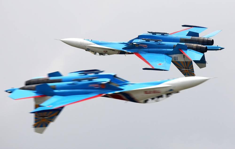 Самолеты Су-27