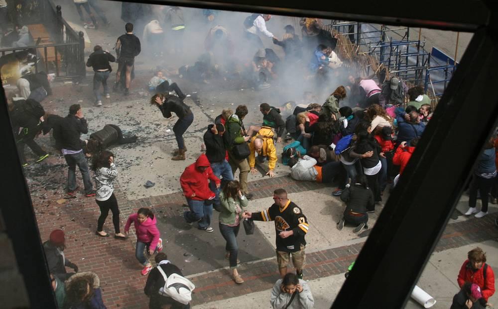 Жертвами трагедии стали три человека - 8-летний мальчик, 29-летняя менеджер ресторана и 23-летняя студентка Бостонского университета из Китая