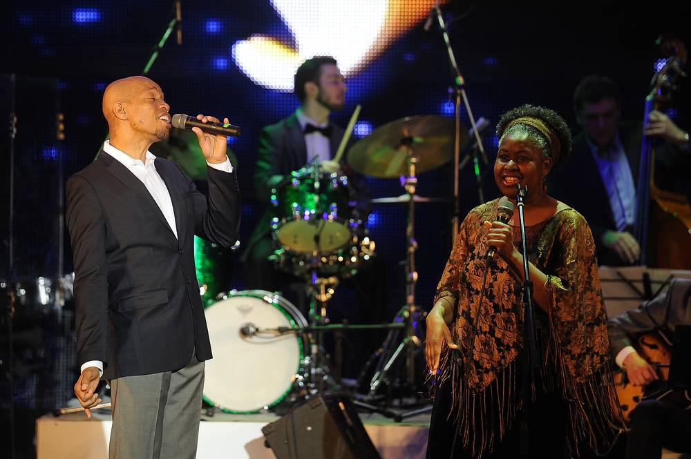 Джазовые вокалисты Тай Стивенс и Джеки Джонс (США)