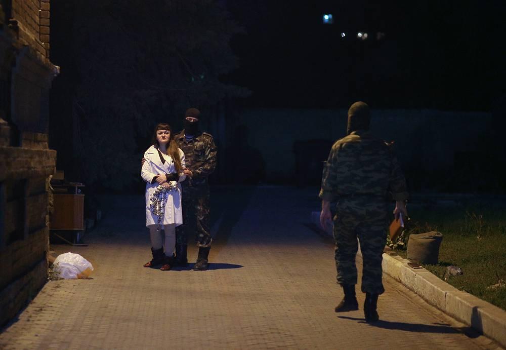 """Ирма Крат, активистка """"Правого сектора"""", задержанная по подозрению в ведении подрывной деятельности в Славянске 20 апреля 2014"""