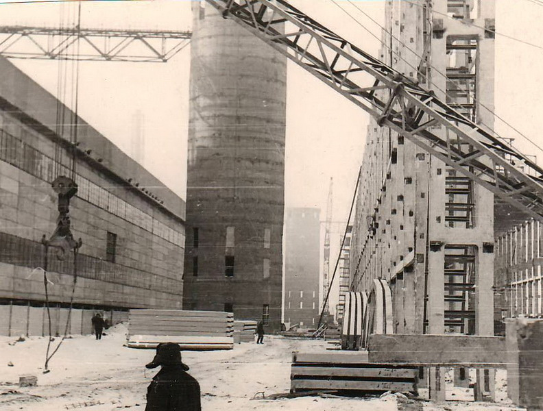 Строительство алюминиевого завода в Красноярске, 1960-е годы