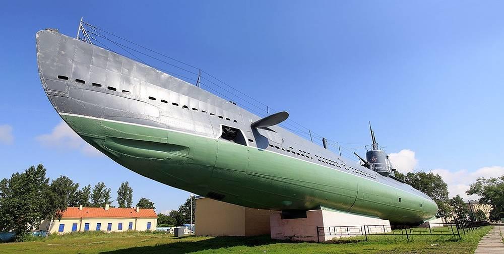"""Советская дизель-электрическая торпедная подводная лодка Д-2 """"Народоволец"""""""