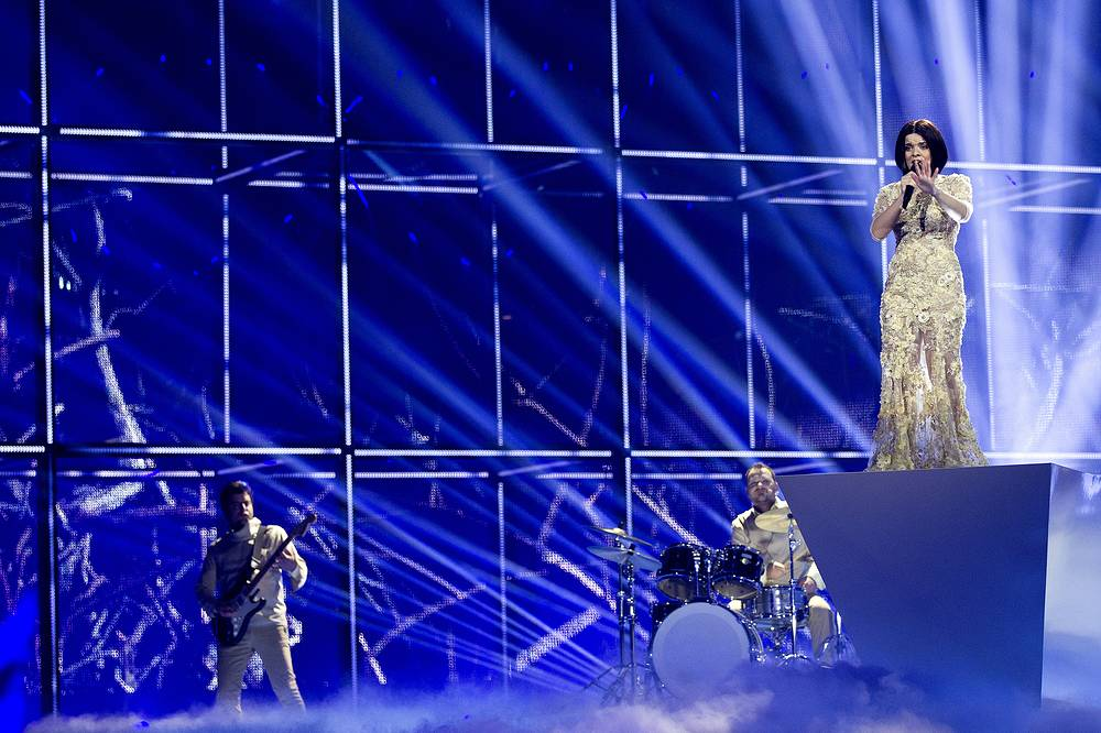 Албанская певица Херси