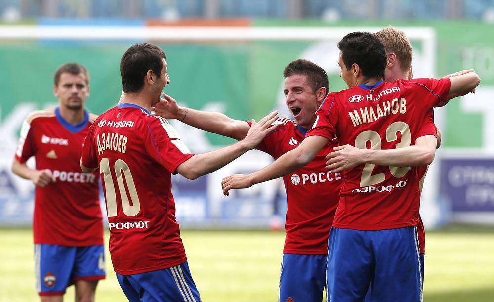 Игроки ЦСКА Алан Дзагоев, Зоран Тошич и Георги Миланов (слева направо)