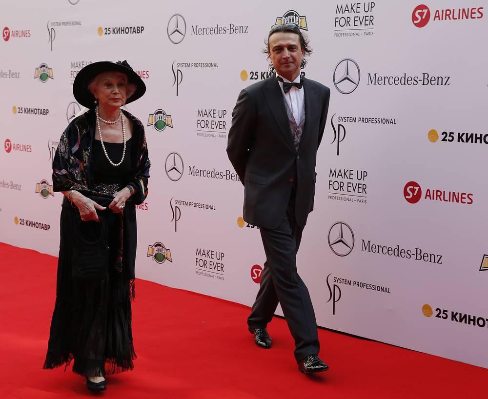 Актеры Анастасия Немоляева и Александр Лазарев-младший