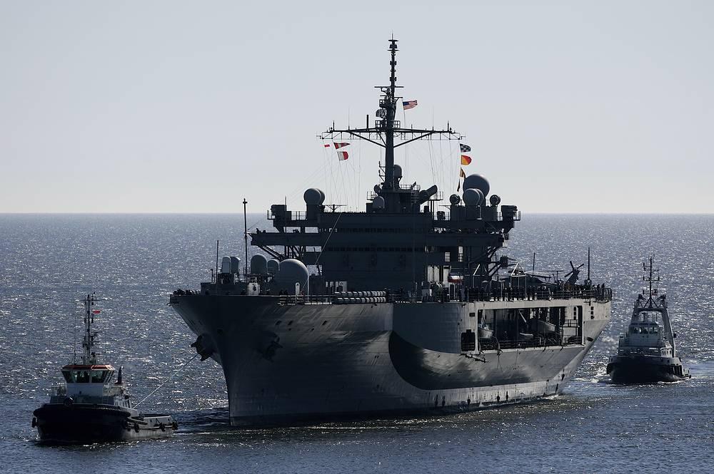Штабной корабль USS Mount Whitney