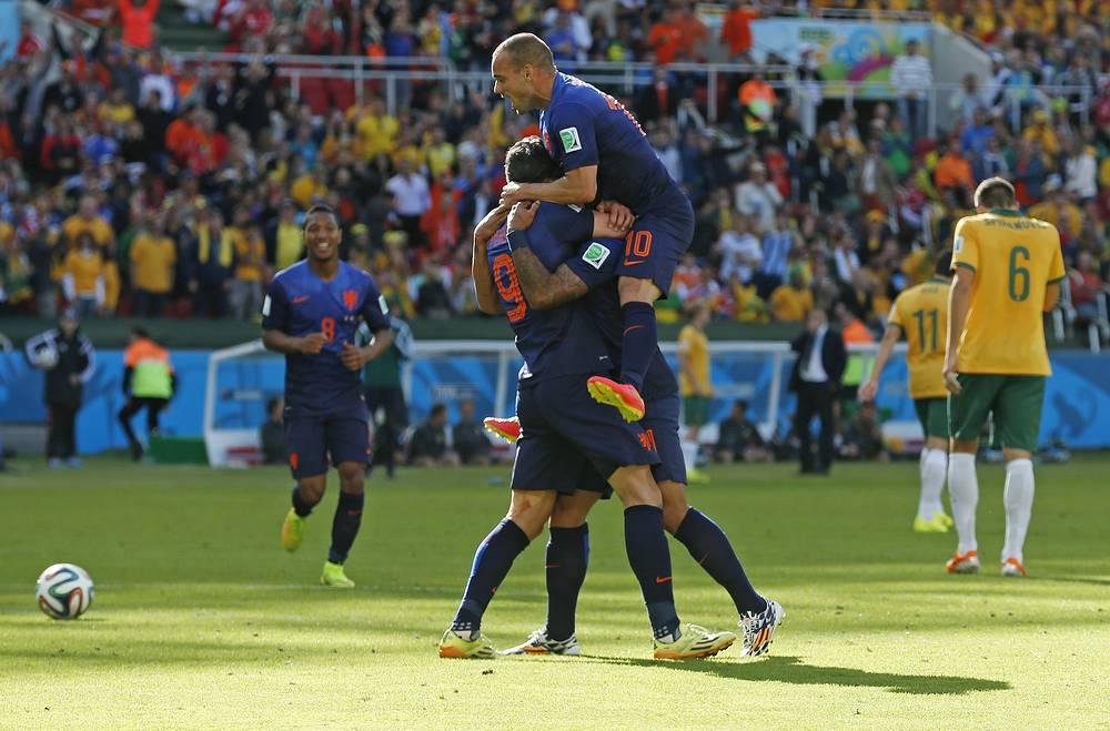 Радость футболистов сборной Нидерландов
