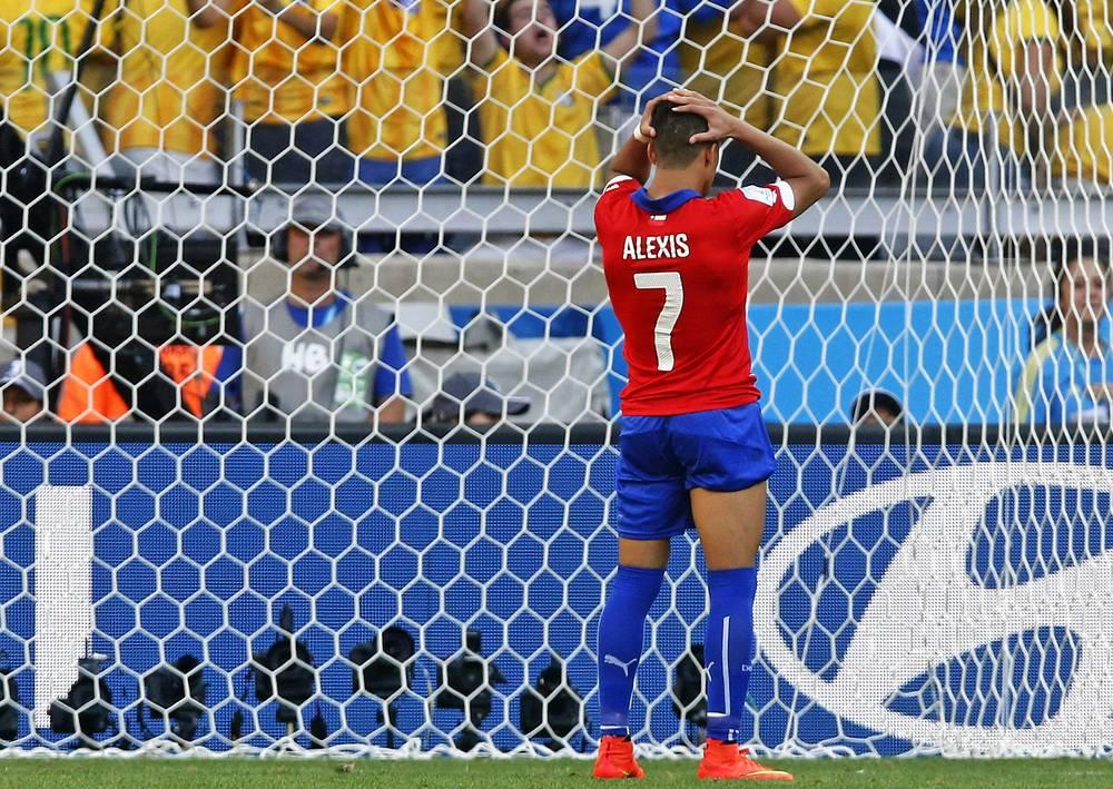 Автор гола в основное время Алексис Санчес в серии пенальти промахнулся