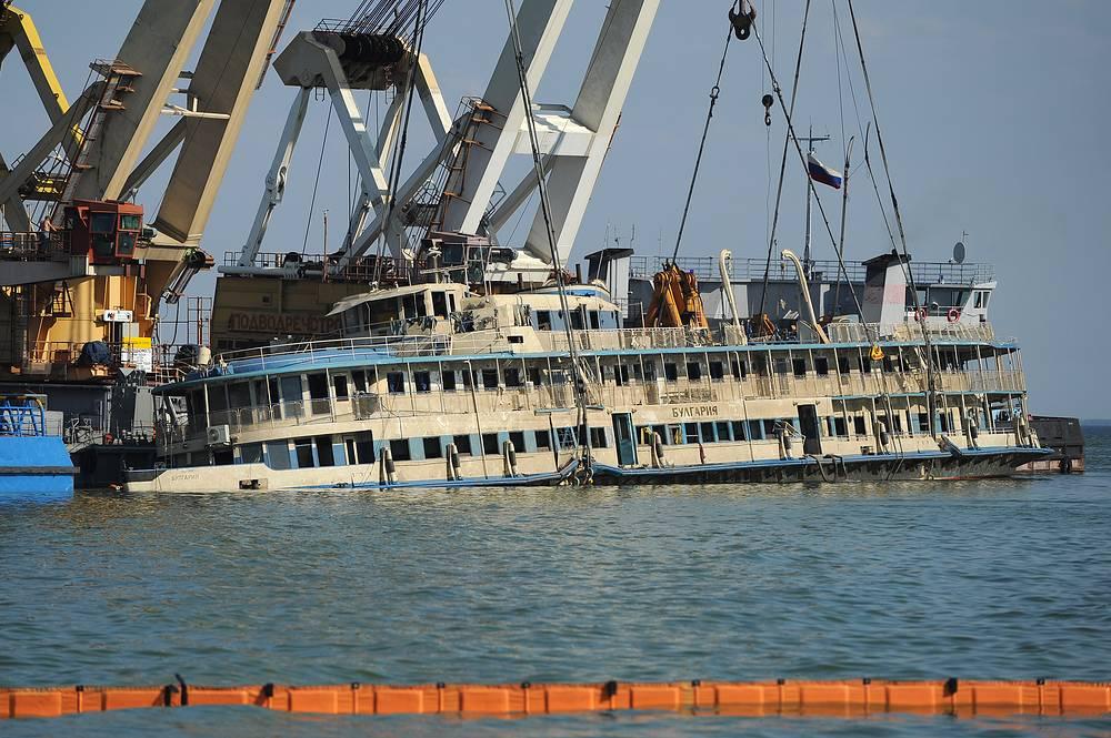26 июля теплоход был поднят и отправлен в ближайший судоремонтный завод в Куйбышевском затоне