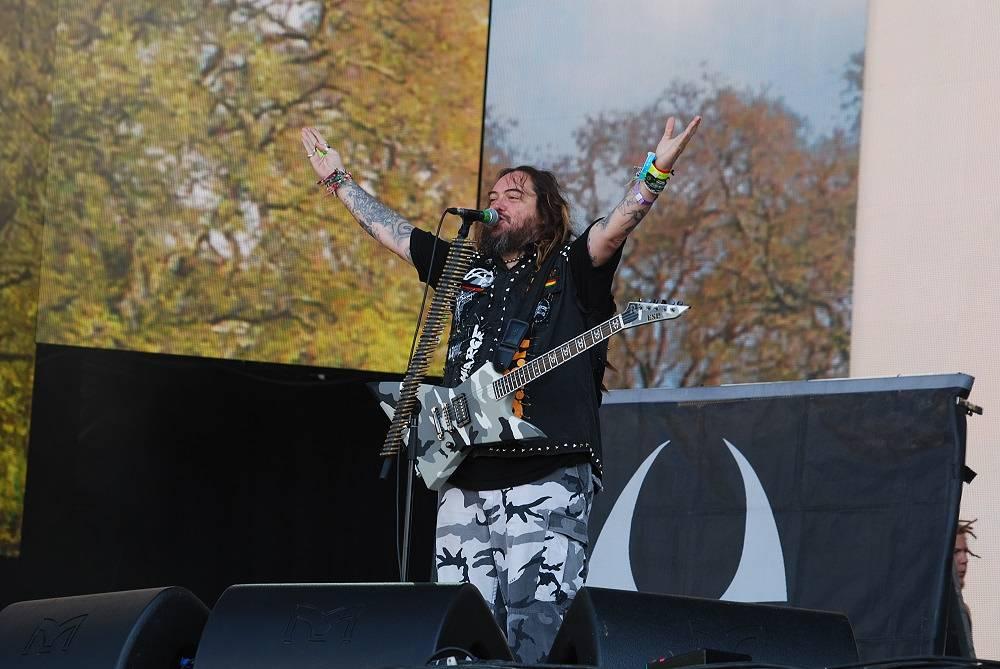 Фестиваль открыла бразильская группа Soulfly
