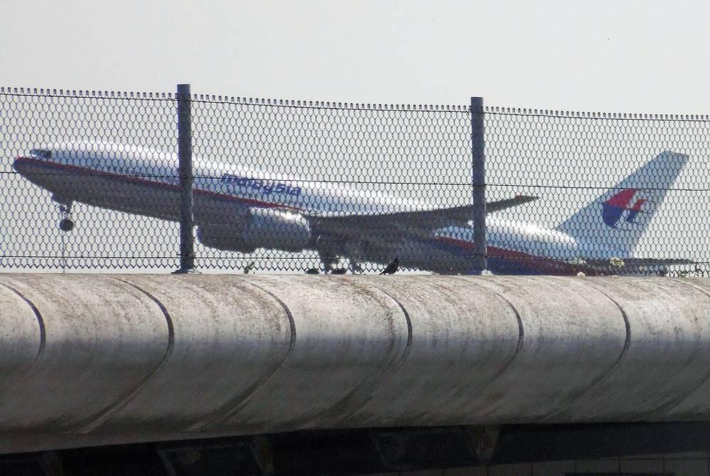 Самолет вылетел из аэропорта Схипхол в Амстердаме в 12.31 по местному времени