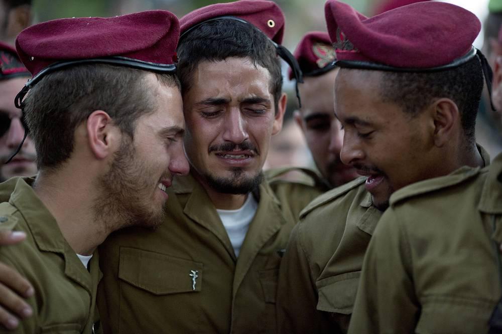 Израильские военные на похоронах сослуживца