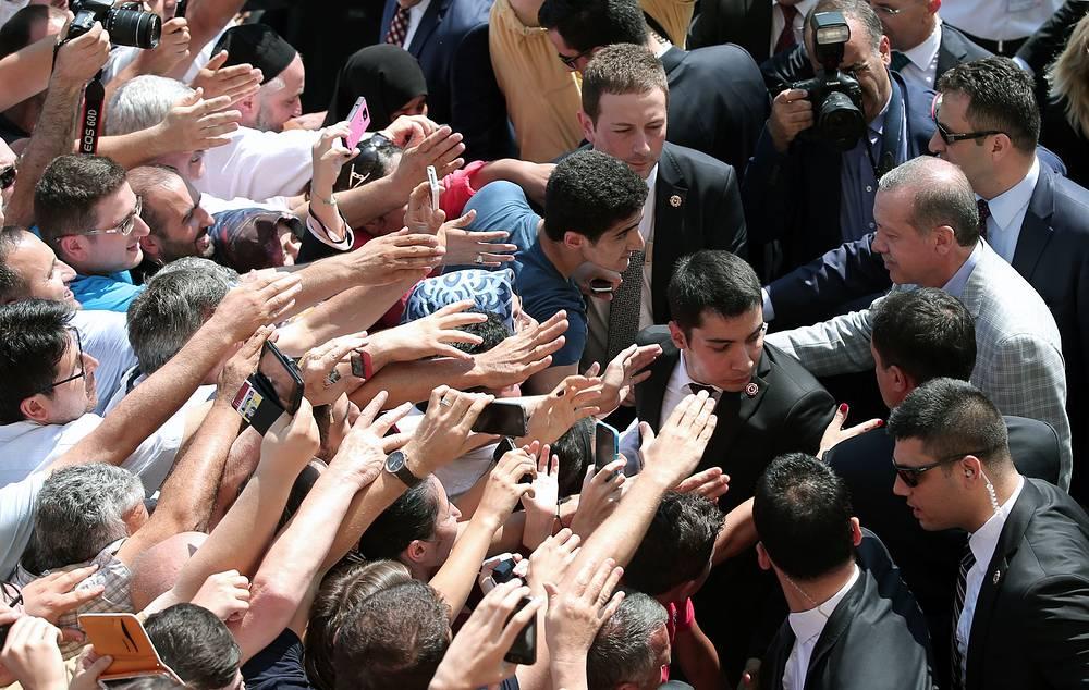 Реджеп Тайип Эрдоган является фаворитом президентских выборов