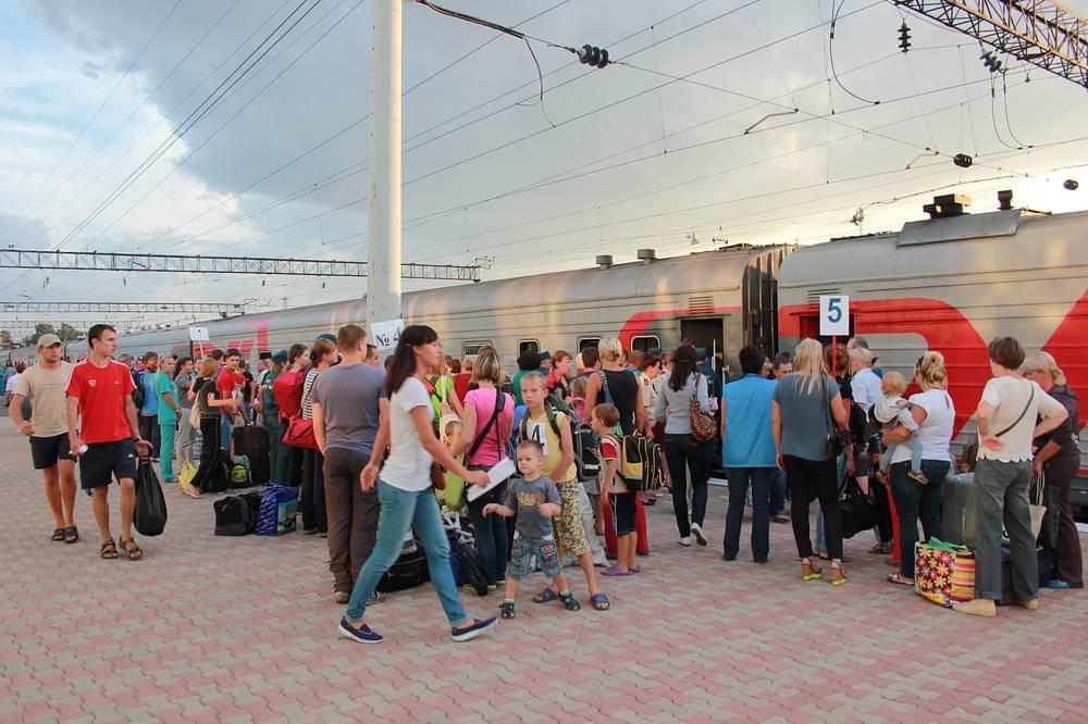 В Кемеровскую область поездом прибыли 415 беженцев с Украины, среди которых 125 детей