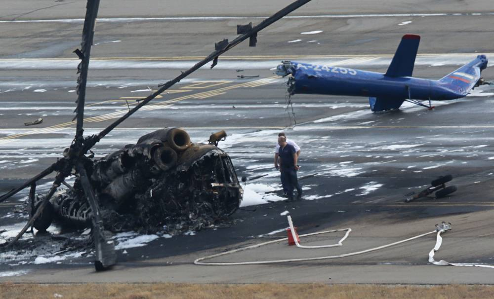 4 сентября в аэропорту Геленджика разбился вертолет Ми-8, участвовавший в открытии Международного гидроавиасалона-2014. Погибли два человека