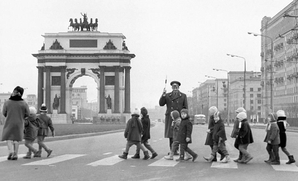 На Кутузовском проспекте, 1968 год