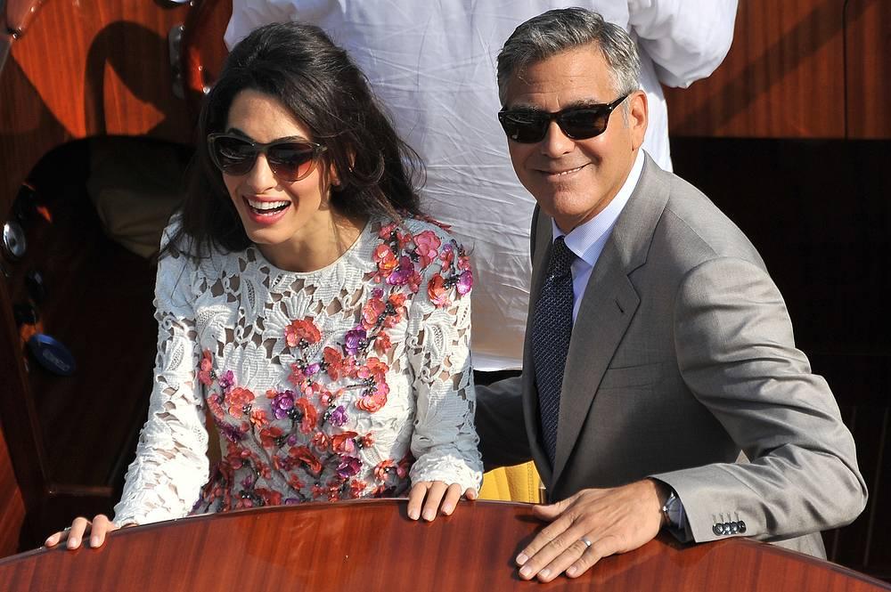 Частная церемония бракосочетания Джорджа Клуни и Амаль Аламуддин состоялась в Венеции вечером 27 сентября