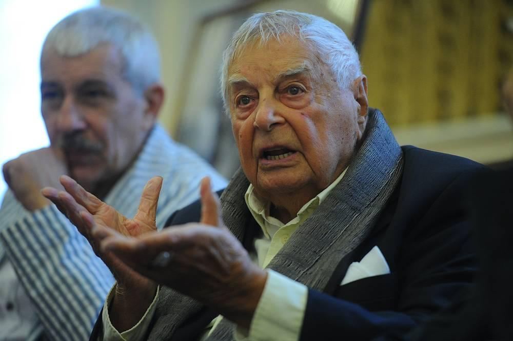 Пресс-конференция режиссера Юрия Любимова в театре им. Вахтангова, 2012 год