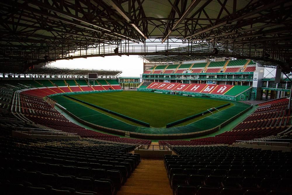 Стадион «Анжи-Арена».