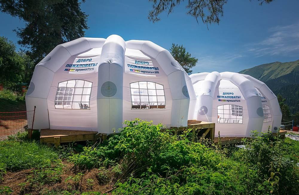 Кафе в палаточном лагере Архыз Park.