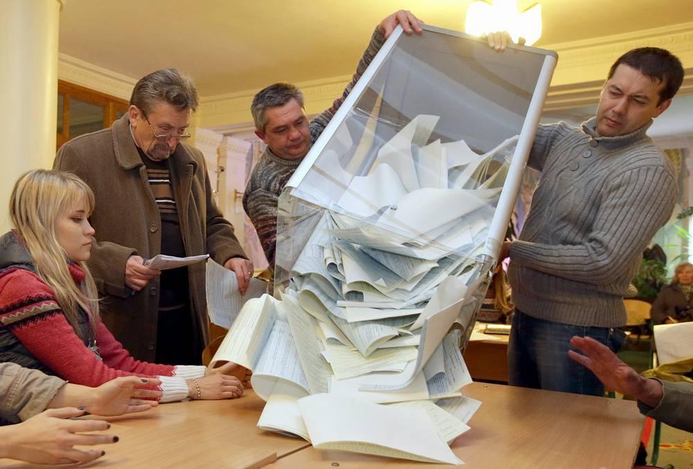 Явка избирателей на досрочных выборах депутатов Рады в Киеве и Киевской области превысила 50%