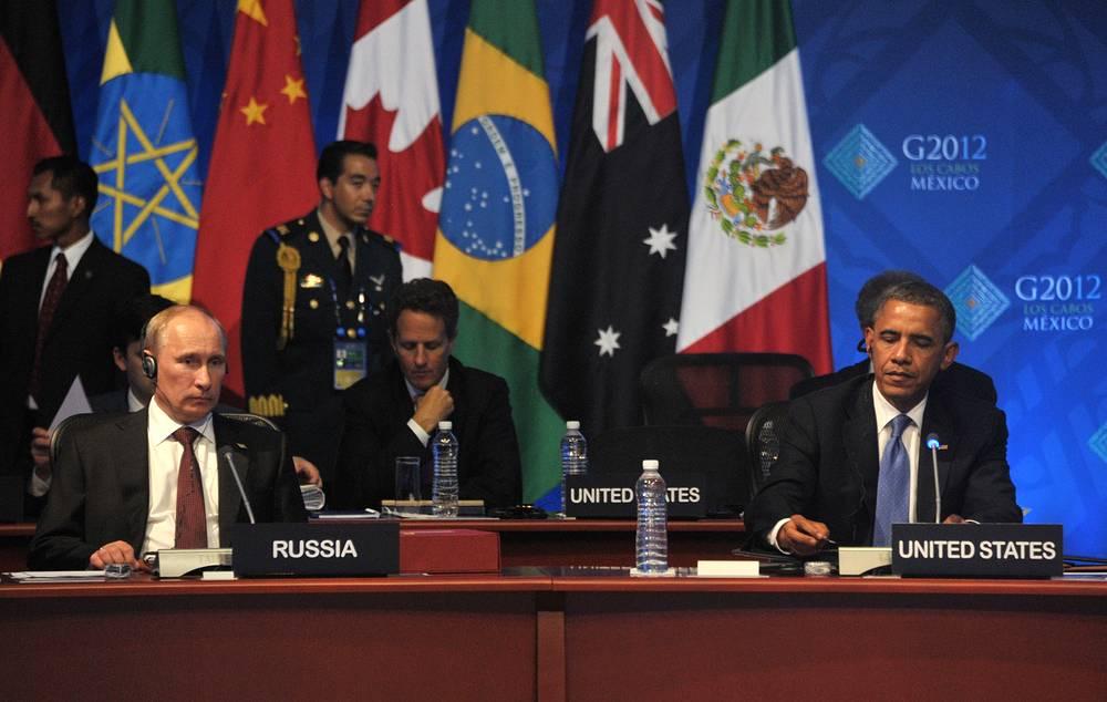 Как заявил пресс-секретарь президента РФ Дмитрий Песков по итогам переговоров,  наличие расхождений (в частности, по проблематике ПРО) не должно быть камнем преткновения на пути развития двусторонних отношений. На фото: на первом рабочем заседании глав государств и правительств G20 в Мексике, 2012 год