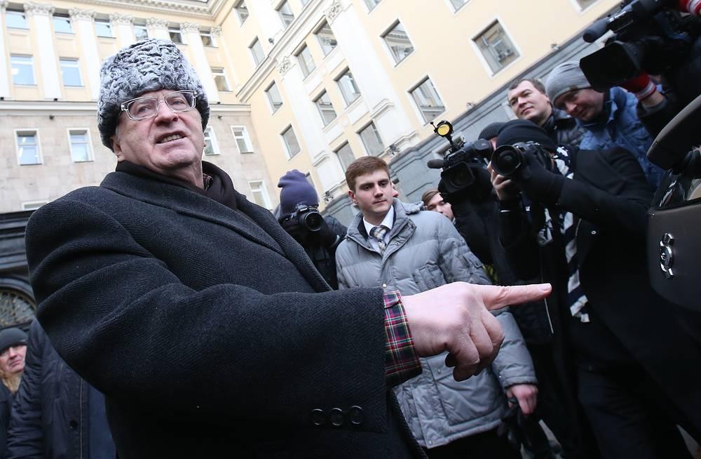 Владимир Жириновский остался подарком доволен